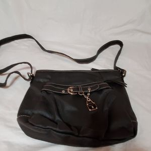 Rosetti Bags - Black zippered purse by Rosetti